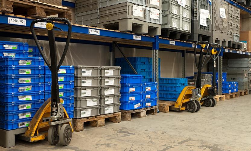 Cajas de plástico plegables: lo mejor para la seguridad en el transporte de sus mercancías