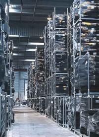 ¿Cómo mejoran las estanterías móviles la eficiencia del almacén?