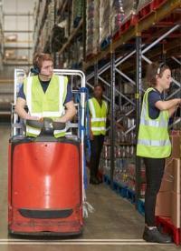 Trabaja con rapidez y eficacia en el sector ecommerce con roll containers